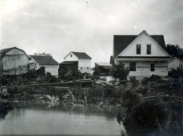 6-11-44 Flood AV Hejtmanek house a