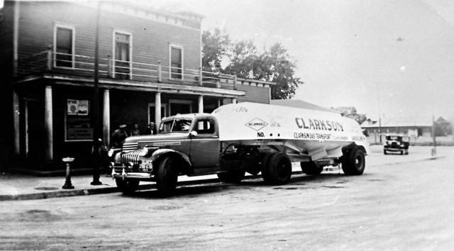 Sousek Trucking