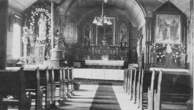 Old Heun Church Interior 1