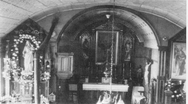 Old Heun Church Interior 2