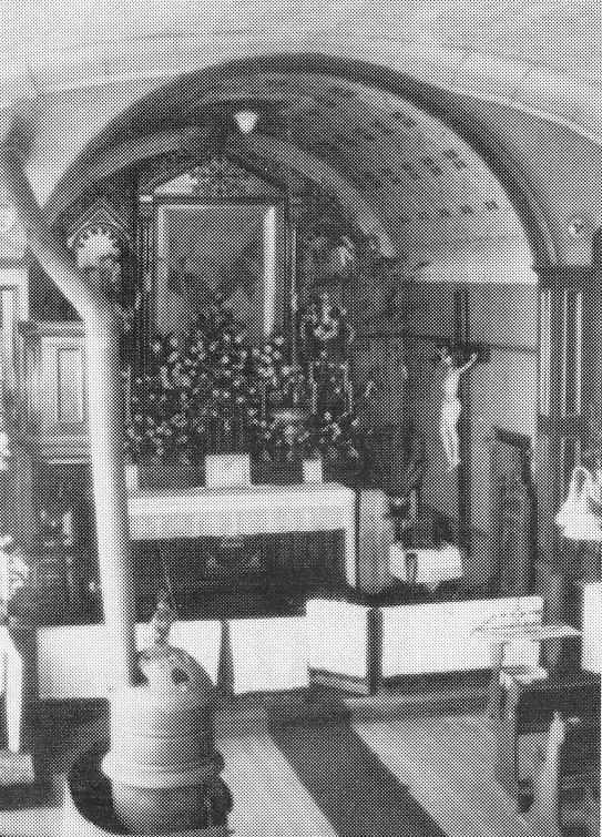 Old Heun Church Interior 4