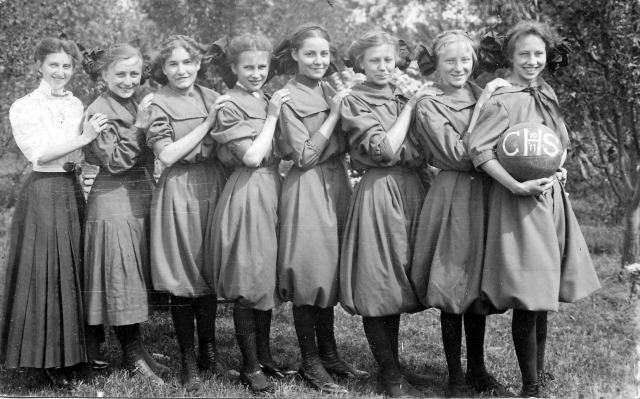 1910-11  CHS Girls Basketball Team