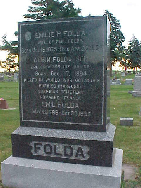 emil-folda-gravestone