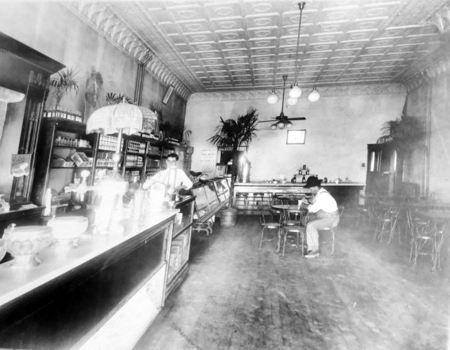 Kubik Confectionary Store 1916-1918 2